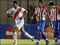Perú no logró superar la resistencia de Paraguay y empatan a cero goles