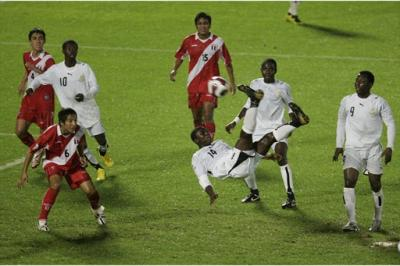 PERU PERDIO 2-0 ANTE GHANA